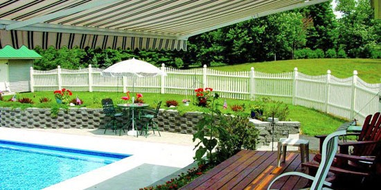 Retractable Awning for patios and decks