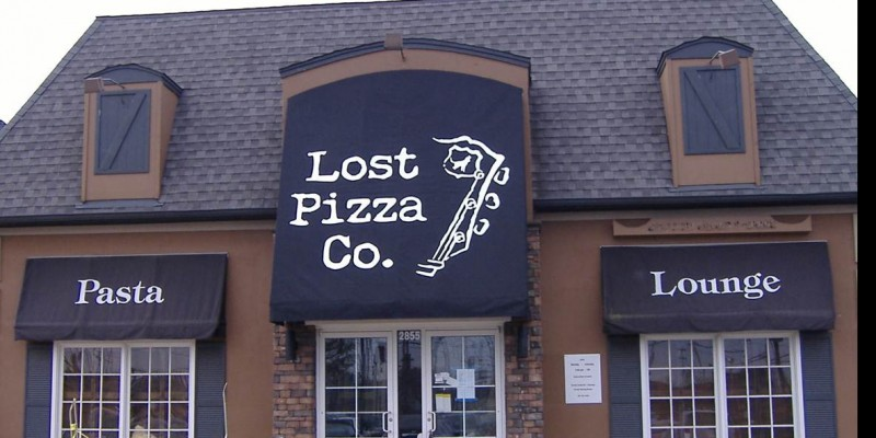 retail store awning for Lost Pizza Company in North Mississippi
