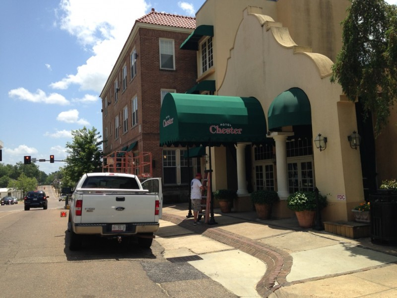 awning installation at hotel chester in starkville ms.